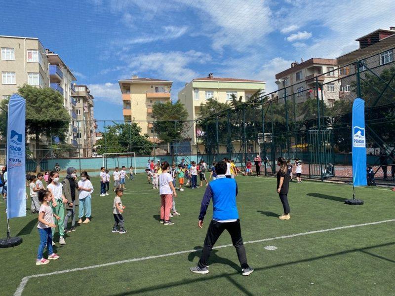 Çocuklara Her Hafta Spor Etkinlikleri Düzenleniyor