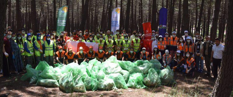 Aydos Ormanı'nda Çöpler Temizlendi