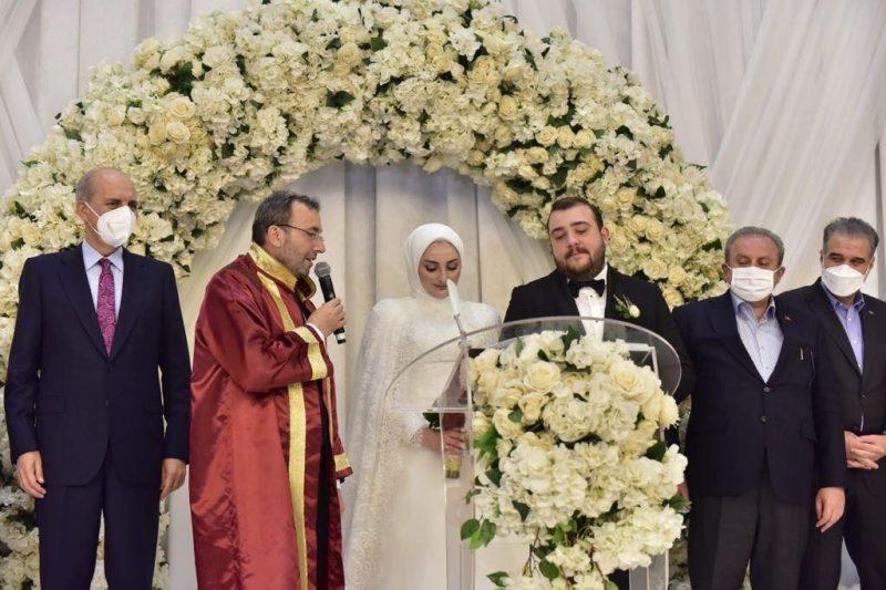 Başkan Cin kızının nikahını kıydı